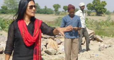 Chhavi Rajawat – The Wonder Woman who is the Head of Her Village without Affiliation of any Political Party