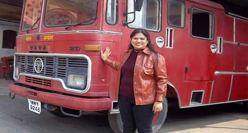 Harshini-Kanhekar-The-First-Woman-Fire-fighter-in-India-Be-An-Inspirer