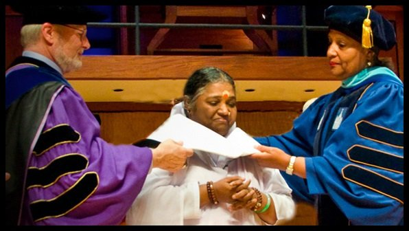Awards-and-Achievements-of-Mata-Amritanandamayi-Be-An-Inspirer