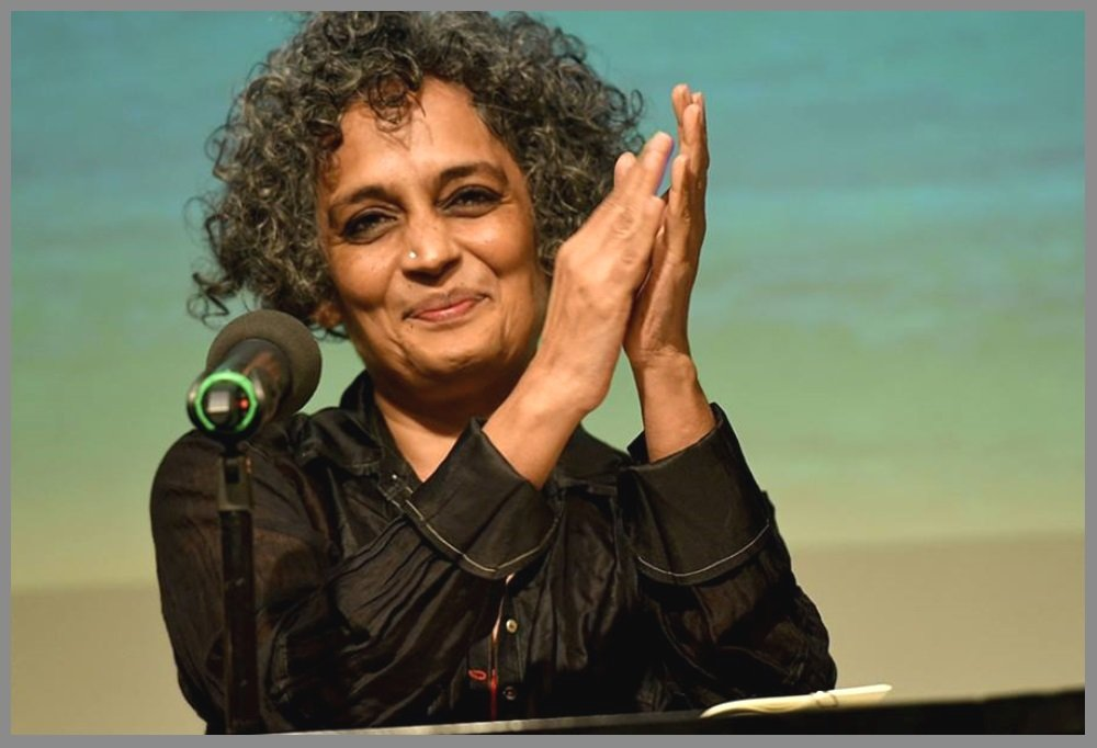 Arundhati-Roy-the-Author-of-The-God-of-Small-Things-Be-An-Inspirer