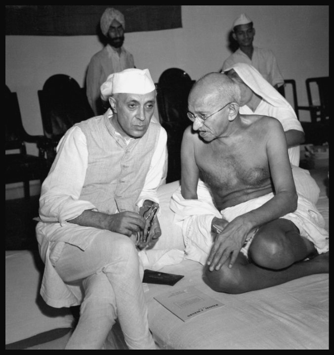 Jawaharlal-Nehru-with-Mahatma-Gandhi-Be-An-Inspirer