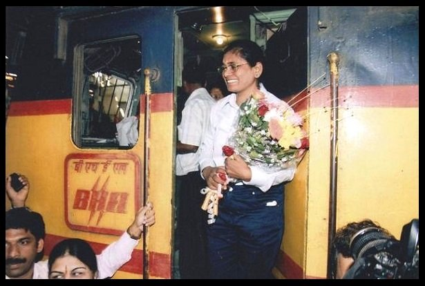 Surekha-Yadav-First-female-train-driver-in-India-Be-An-Inspirer