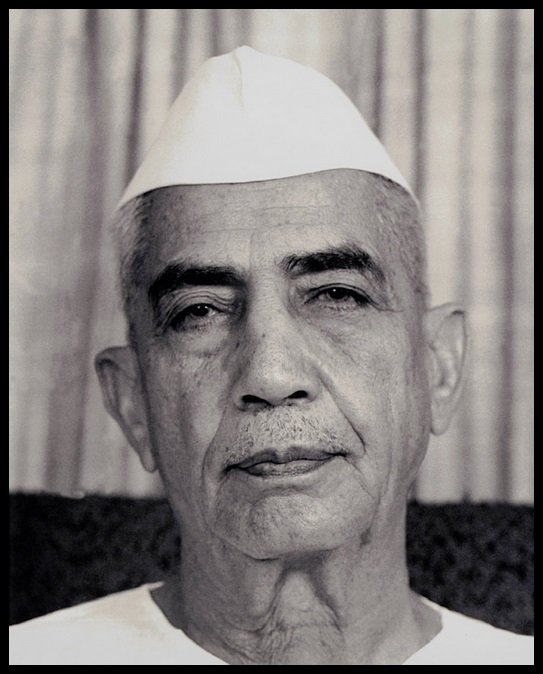 Chaudhary-Charan-Singh-Biography-Inspirer-Today-Be-An-Inspirer