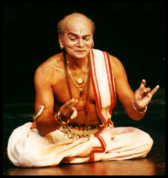 Kelucharan-Mohapatra-Biography-Indian-Inspirer-Today-Be-An-Inspirer