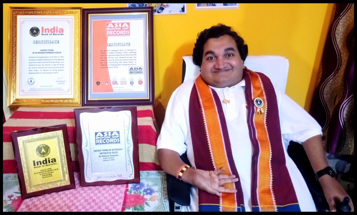 Kaustuv with India & Asia Book of Records 2018. He has received Gold plated and Silver plated memento, certificate for having the urge to be apart with the rest of the world and be exemplary.